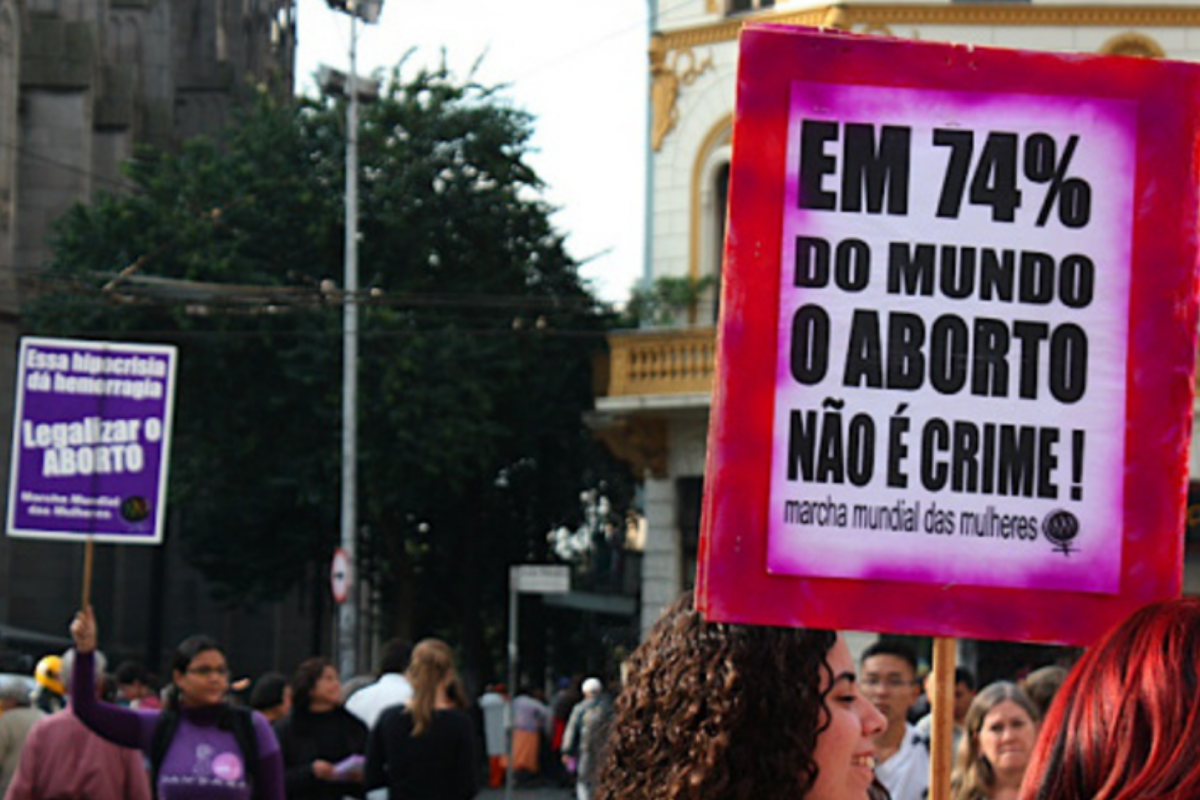 Os lentos passos na discussão sobre a descriminalização do aborto no Brasil